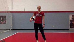 آموزش تمرین دفاع روی تور والیبال در خانه